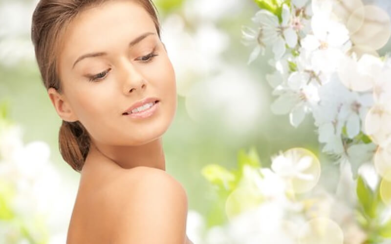 75-Min Ayurvedic Facial for 1 Person