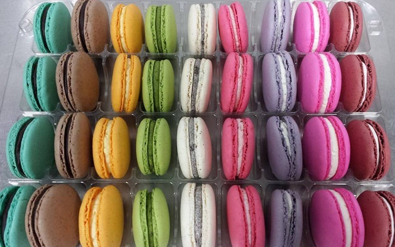 Macarons.sg featured image.